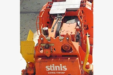 Spreader with e-chains® and chainflex® cables from igus®.